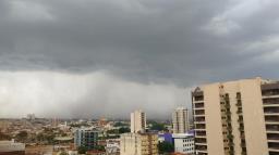 Defesa Civil emite alerta para chuva intensa em Ribeirão
