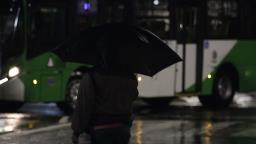 Chuva interrompe estiagem de mais de um mês em Campinas; frio chega à noite