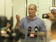 Estagnado no Datafolha, Ciro diz para eleitores desconsiderarem pesquisas