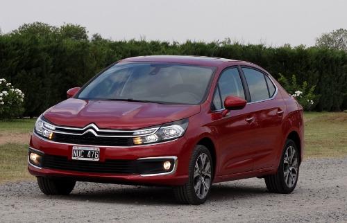 Eduardo Rocha / Carta Z Notícias - Nova versão do Citroën C4