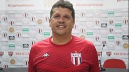 Botafogo anuncia contratação do técnico Claudinei Oliveira