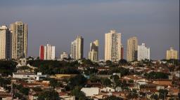 Araraquara tem queda de casos, mortes e internações por covid