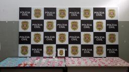 Jovem é preso após jogar 3 mil porções de cocaína de apartamento