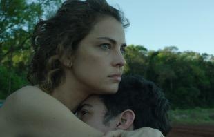 Tribuna Araraquara - Com direção de Santiago Mitre, o filme foi gravado na Argentina, no Brasil e na França (Foto: Reprodução)