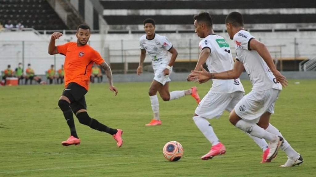 Leão volta a jogar nesta quarta (12), contra o Barretos (Foto: Rafael Alves / Comercial F.C.) - Foto: Divulgação / Redes Sociais