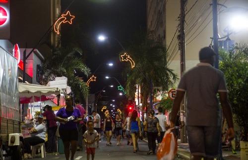 Horário ampliado é uma oportunidade a mais para as vendas (Amanda Rocha/Tribuna) - Foto: ACidade ON - Araraquara