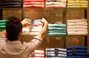 Milena Aurea / A Cidade - Setor de vestuário foi o que teve a maior alta: 9,38% em dezembro em relação a novembro