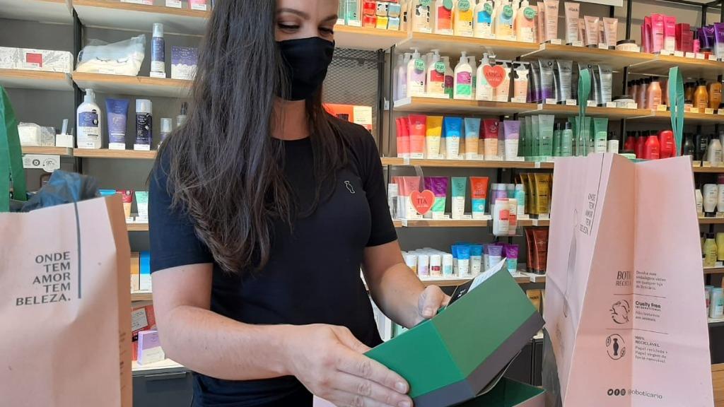 Consumidores devem gastar em média R$ 150 com presente de Dia das Mães (Foto: Milton Flho) - Foto: ACidade ON - Araraquara