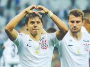 Com equipe reformulada, Corinthians derrota o Botafogo-RJ