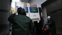 SP entrega mais 1,5 milhão de vacinas do Butantan ao Ministério da Saúde
