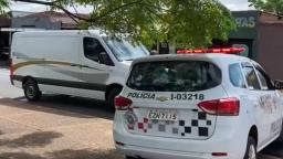 Idoso é encontrado morto dentro de carro na zona Norte