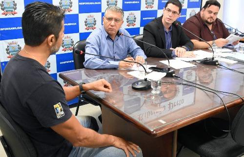 Thaisa Coroado / Câmara Municipal - Marcelo Enderlei Nunes presta depoimento à CPI do Parque Permanente de Exposições na manhã desta quinta-feira (19) na Câmara de Ribeirão