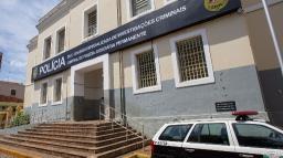 Motorista de aplicativo tem carro roubado em Ribeirão
