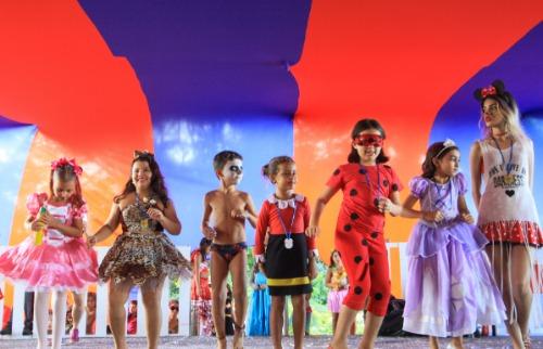 ACidade ON - Araraquara - Criançada deu um show na passarela (Amanda Rocha/ACidadeON/Araraquara)