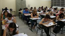 Candidatos fazem a 2ª prova do Enem neste domingo
