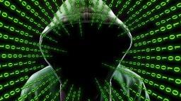 Inteligência artificial combate vírus, mas serve a criminosos