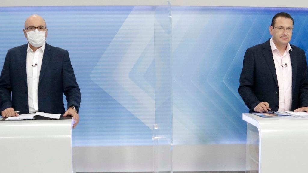 Dário Saadi e Rafa Zimbaldi durante o debate da EPTV (Foto: Denny Cesare/Código19) - Foto: (Foto: Denny Cesare/Código19)