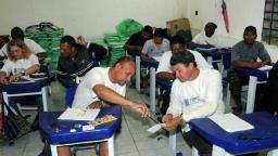 Ministério Público vai investigar fechamento de salas do EJA
