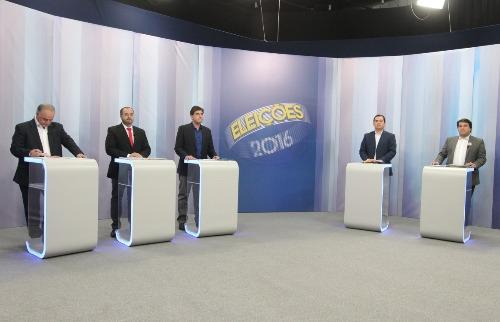 Matheus Urenha / A Cidade - Debate entre candidatos à Prefeitura de Ribeirão Preto