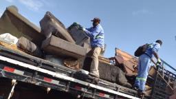 Operação recolhe 28 toneladas de material inservível em Araraquara