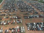 DER começa a retirar 899 veículos de pátio que travava anel viário