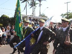 Da reportagem - Desfile do aniversário de Araraquara - 200 anos - 22 de agosto (Foto: Willian Oliveira)
