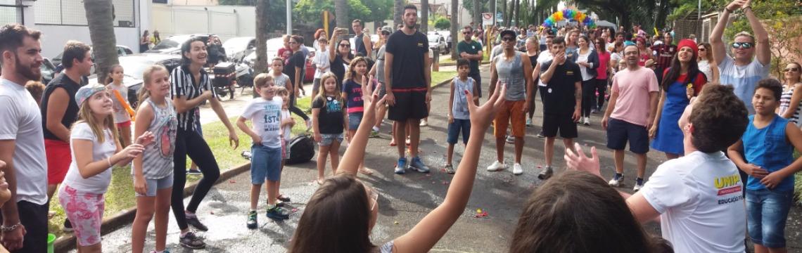 Dia de Brincar reuniu milhares de pessoas no Parque Infantil (Willian Oliveira/ACidadeON/Araraquara) - Foto: ACidade ON - Araraquara
