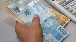 Salário mínimo ficará em R$ 1.067 para o próximo ano
