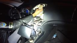 Polícia Rodoviária acha R$ 90 mil escondidos em painel de carro