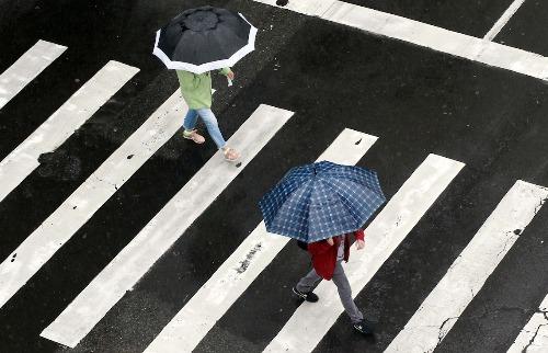 Domingo segue com temperaturas baixas e possibilidade de chuva (Foto: Denny Cesare/Código19) - Foto: Denny Cesare