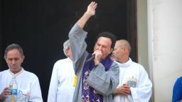 Com Covid-19, Padre José Antônio deixa UTI em São Carlos