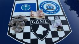 Homem é preso com drogas escondidas dentro do tênis em São Carlos