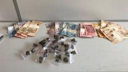 Dona de casa de bebidas é presa por tráfico de drogas em São Carlos