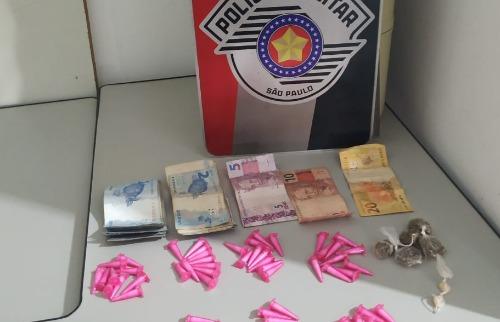 Drogas foram apreendidas pela PM. Foto: Divulgação PM - Foto: Divulgação