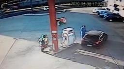 Bandidos em moto roubam dois postos de combustíveis na Vila