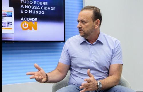Amanda Rocha/ACidadeOn Araraquara - Edinho concedeu entrevista 'ao vivo' ao ACidadeOn Araraquara (Amanda Rocha/ACidadeOn Araraquara)