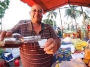 No Dia Nacional da Cachaça, conheça a 'branquinha' produzida no Horto de Bueno