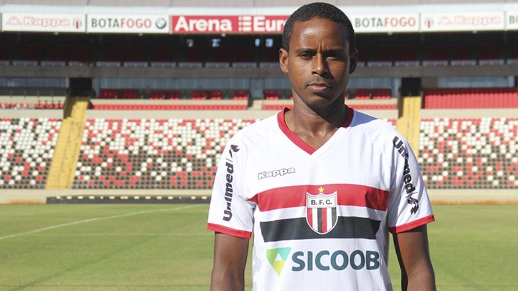 Elicarlos é o primeiro reforço do Pantera para a Série B 2020 (Foto: Divulgação / Agência Botafogo) - Foto: Divulgação / Redes Sociais