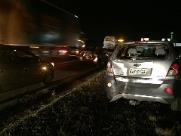 Engavetamento entre três veículos envolve sete pessoas na Washington Luís