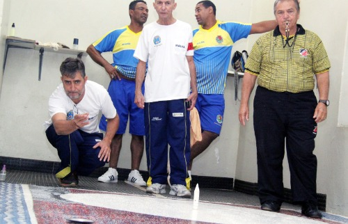 Equipe de Araraquara segue invicta e avança nos Regionais. (Tetê Viviani/Imprensa Prefeitura) - Foto: Tetê Viviani/Imprensa Prefeitura
