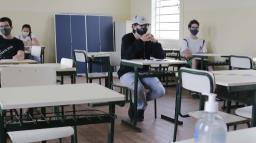Covid: Região de Ribeirão lidera casos em escolas estaduais no interior