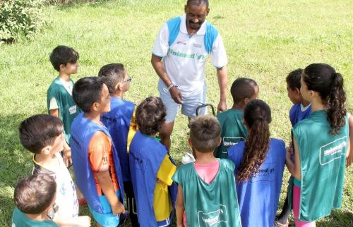 Escolinhas de esportes podem atender até 5 mil crianças de Araraquara (Divulgação) - Foto: Divulgação