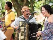 Domingo é dia de Forró do Escuta em Sousas