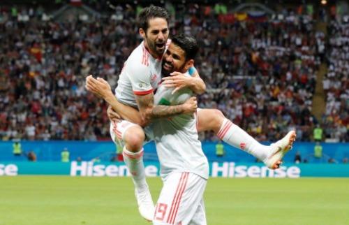 Jogo, que terminou com vitória da Espanha, foi realizado na tarde desta quarta-feira (20) em Kazan - Foto: FRANK AUGSTEIN/ASSOCIATED PRESS/ESTADÃO CONTEÚDO