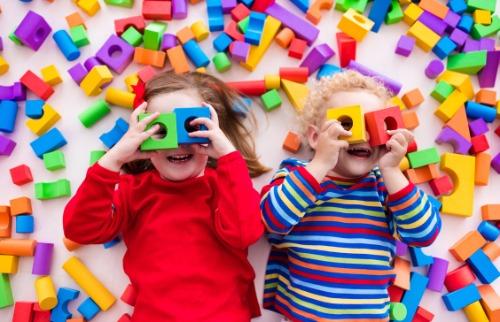 Divulgação - Especialista garante: brincar é fundamental