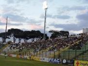Vizinho atira várias vezes contra alojamento do Grêmio Sãocarlense