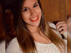 Estudante de 20 anos, Julia Barbosa morreu após passar mal em festa rave em Itapira. Crédito: Reprodução/Facebook - Foto: Reprodução/Facebook