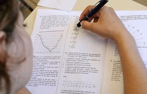 Da reportagem - Estudar deve ser um objetivo de vida