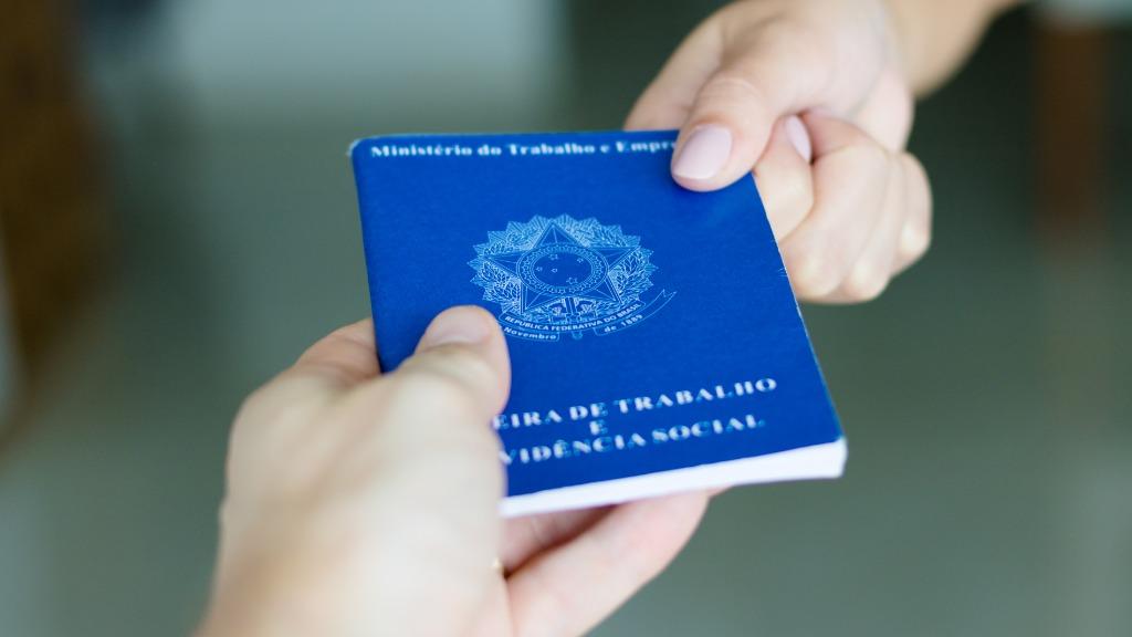 Estudo aponta que a chance de desemprego é quase 50% menor  (Foto: Divulgação) - Foto: (Foto: Divulgação)