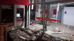 Agências bancárias são alvos de explosão durante a madrugada
